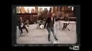 Превод Bon Jovi We Weren t Born To Follow