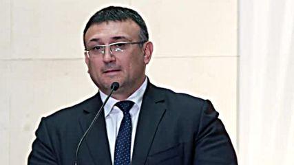 Младен Маринов пое поста на вътрешен министър със сълзи на очи