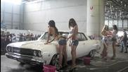 Stifler, Wamm et la Montagne - Patronne Sexy Car Wash Palexpo Sce 2012 - Bonus Video.
