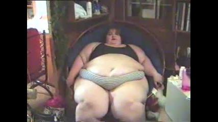 Fat Girl Laughing - Смях .. ;хх