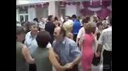 Шамари на сватбата
