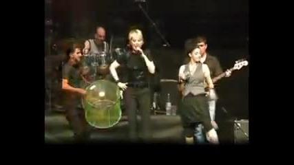Lepa Brena - Dama iz Londona, Arena, Zagreb 13. 06. '09