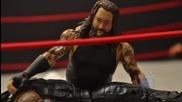 Bray Wyatt vs. Roman Reigns - Action Figure Showdown (mbg1211)
