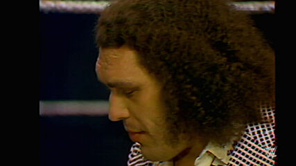 Andre the Giant showcases his size: May 11, 1976