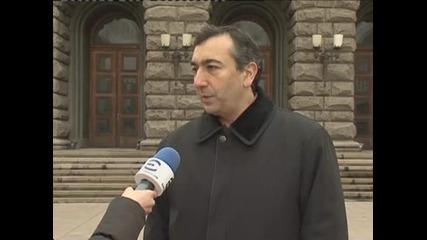 Бисер Троянов от ЦИК обяснява как се попълва електронно заявление за намерение за гласуване от чужбина