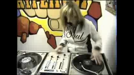 Dj Killa Jewel - Scratch