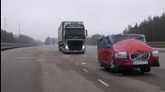 Тестване на автоматичните спирачки за критични случаи на Тир Volvo