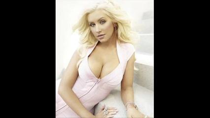 Christina Aguilera - Lift me up [ Bionic 2010 ]
