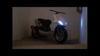 100% такъв скутер не сте виждали