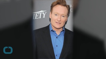 Vampire Diaries' Nina Dobrev, Conan O'Brien Do the Splits Together