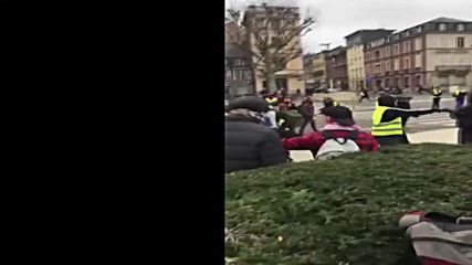 France: Journalists attacked by 'Yellow Vests' during protest in Rouen