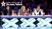 Пленяващ глас Michael Collings - Britains Got Talent 2011 Audition - itvcomtalent