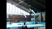 Гимнастици Правят Салта