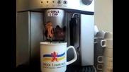Интересна кафе машина