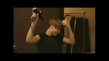 Justin Bieber Не Е 51 - годишен