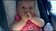 Заразителен бебешки смях
