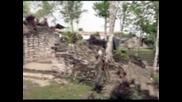 Археолози възстановяват древен град на маите в Мексико