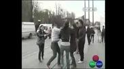 Бой Между Денислав И Репортерка