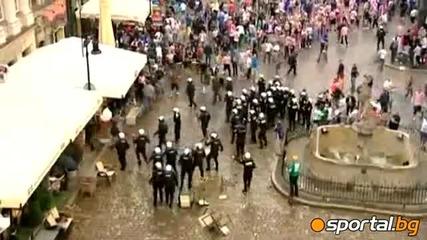 Бой между хърватските ултраси и полицията в Познан