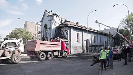 Chile: Drone footage captures scale of damage after churches burn in anti-govt protests
