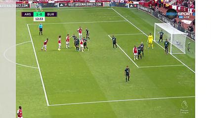 Лаказет поведе Арсенал към успех над Бърнли