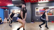 Танцуващи момчета с токчета !