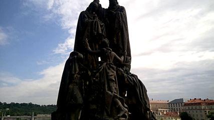 Паметникът на св. св. Кирил и Методий в Прага