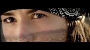 David Guetta - Lovers On The Sun ( Официално Видео )+ Превод