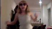 Ноа Сайръс : Джъстин ще се омъжиш ли за мен аз те обичам!!
