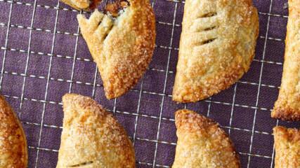 Кифлички със сушени плодове | Печивата на Марта | 24Kitchen Bulgariа