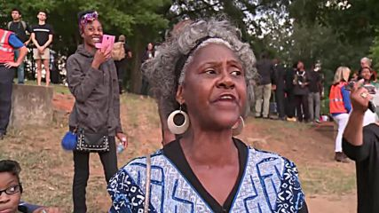USA: Hundreds rally in Charlotte following Keith Scott police-shooting