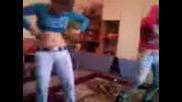 2 Луди Момичета от Лесново Играят - Кючек