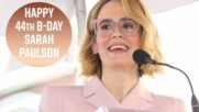 Sarah Paulson is quirky & DGAF