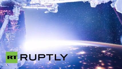 Космоса: Зашеметяващи кадри от полярно сияние