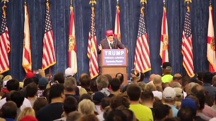 USA: Hillary 'should be in jail', says Trump during election rally in Sarasota