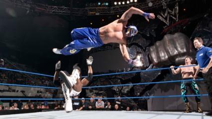 Rey Mysterio & Rob Van Dam vs. Booker T & Eddie Guerrero: SmackDown, Dec. 30, 2004