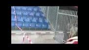 Стадиона Скача буквално !