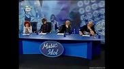 Музикален инвалид пее песен за комшийката..няма такъв смяхххх Music Idol 2 Русе (25.02.2008) HQ