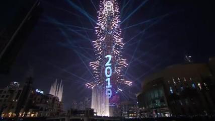 Уникално светлинно шоу за Нова година в Дубай