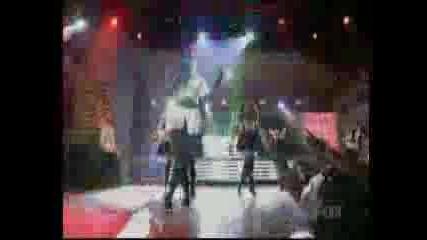 Rihanna Teens - Sos (Live)