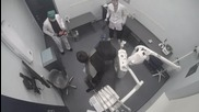 Руски зъболекари с резачки плашат пациентите.. (намалете звука преди да пуснете
