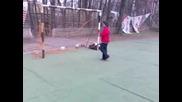 Дебел Роналдиньо Показва Техника!
