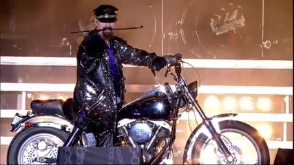 ( превод ) Judas Priest - Hell Bent for Leather (live 2011)