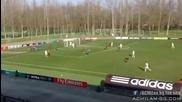 Вратарят на Милан спаси нова дузпа