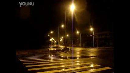 Така карат шофьорите на таксита в Китай
