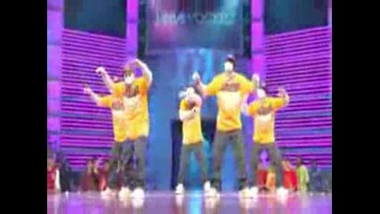 Jabbawockeez Performance Qko