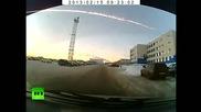 Изключитени кадри ! Метеорит пада в Русия