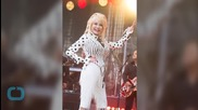 Just Sit Back and Let Dolly Parton Be the Inspiration She Was Born to Be