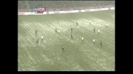 """""""Байер"""" (Леверкузен) стигна само до 2:2 срещу """"Фрайбург"""""""