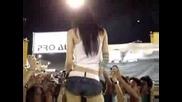 Страшно Секси Японка - Танцува
